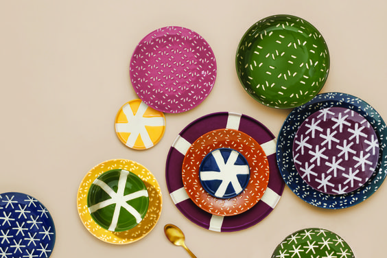 India Madhavi x monoprix - collection Xmas summer - collection assiettes influence pop ethnique Afrique